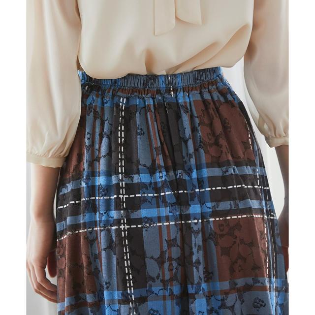 tocco(トッコ)のtocco レースONチェック柄フレアスカート レディースのスカート(ロングスカート)の商品写真
