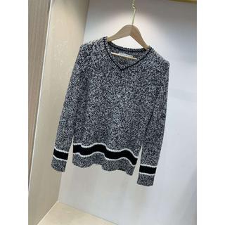 ディオール(Dior)のディオール ロゴ Vネックセーター(ニット/セーター)