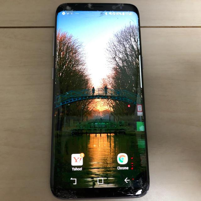 Galaxy(ギャラクシー)のGalaxy s8 docomo 画面割れ スマホ/家電/カメラのスマートフォン/携帯電話(スマートフォン本体)の商品写真