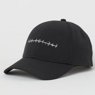 エイチアンドエム(H&M)の新品H&Mナンバースナップバックキャップ(キャップ)