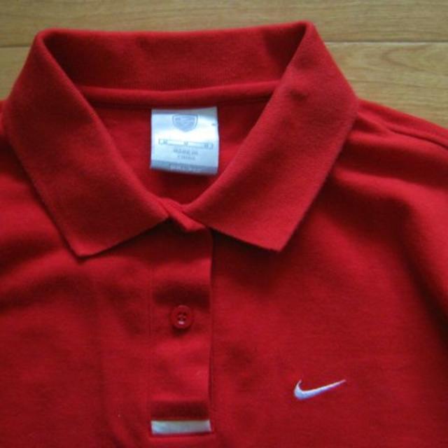 NIKE(ナイキ)のナイキ)赤(M)長袖ポロシャツ☆ドライフィット レディースのトップス(シャツ/ブラウス(長袖/七分))の商品写真