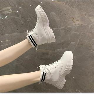 マウジー(moussy)の通気性抜群ブーツ スニーカー ヒールブーツ美脚効果(ブーツ)