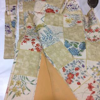 正絹紬お洒落着☆ダークバニラ格子に四季の花々