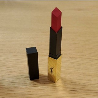 Yves Saint Laurent Beaute - イヴサンローラン 赤 ルージュ 口紅
