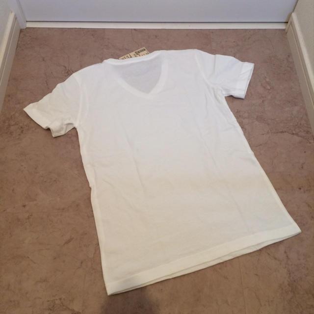 MUJI (無印良品)(ムジルシリョウヒン)の新品!無印良品 Vネック Tシャツ xs レディースのトップス(Tシャツ(半袖/袖なし))の商品写真