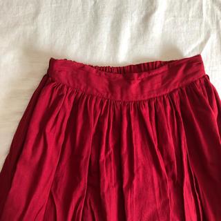 サマンサモスモス(SM2)のSM2の赤色が可愛いリネン混のスカート(ひざ丈スカート)
