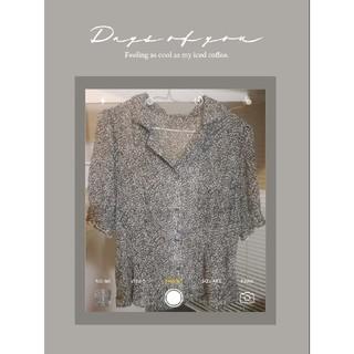 美品‼️限定セール中❣️ふわふわ袖 柄ブラウス トップスシャツ オルチャン