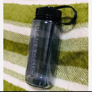 ディーンアンドデルーカ(DEAN & DELUCA)の【新品】DEAN&DELUCA トレイルボトル  スモークグレー 水筒 (タンブラー)