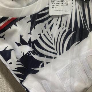 トミーヒルフィガー(TOMMY HILFIGER)の新品✨タグ付き♪定価6380円 トミーヒルフィガー Tシャツ メンズ Sサイズ(Tシャツ/カットソー(半袖/袖なし))