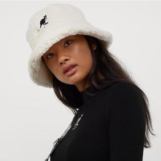 エイチアンドエム(H&M)のKANGOL×H&Mフェイクシアリングバケットハット 新品タグ付き(ハット)