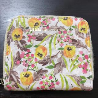 ジルバイジルスチュアート(JILL by JILLSTUART)のJILL by JILLSTUART二つ折り財布(財布)