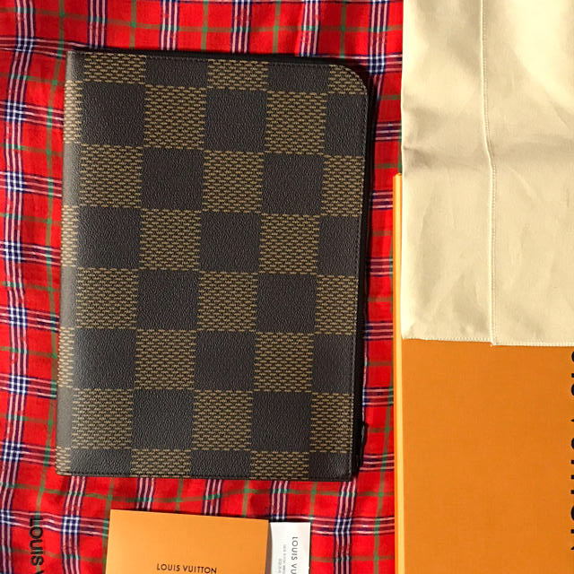 LOUIS VUITTON(ルイヴィトン)のLV☆ N60390 ポシェット・ジュール メンズのバッグ(セカンドバッグ/クラッチバッグ)の商品写真