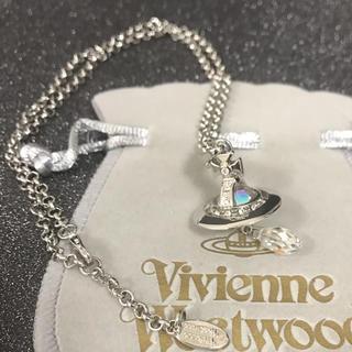 ヴィヴィアンウエストウッド(Vivienne Westwood)のクリスタルネックレス シルバー(ネックレス)