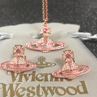 Vivienne Westwood - 新品 ネックレスピアスセット