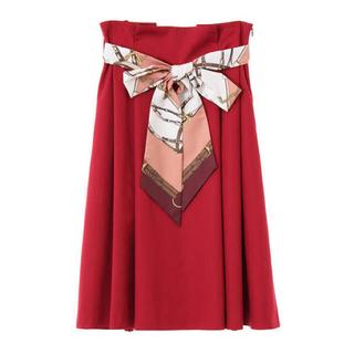トランテアンソンドゥモード(31 Sons de mode)の31 Son de mode スカーフベルトスカート 赤(ひざ丈スカート)