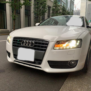 AUDI - Audi A5 スポーツバッグ2.0クワトロ 2010