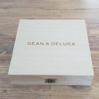 ディーンアンドデルーカ(DEAN & DELUCA)のDEAN&DELUCA 木箱 箱 ボックス+紅茶付き☆(小物入れ)