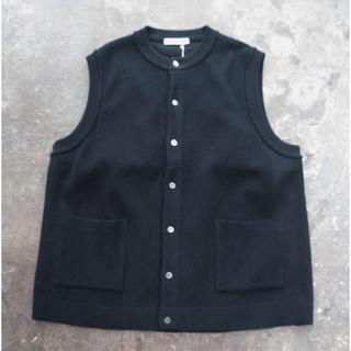 コモリ(COMOLI)のyashiki ヤシキ  Tsukushi Knit Vest ニットベスト (ベスト)