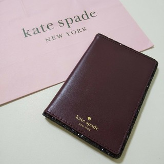 ケイトスペードニューヨーク(kate spade new york)の新品 ケイトスペードニューヨーク パスポートケース(名刺入れ/定期入れ)