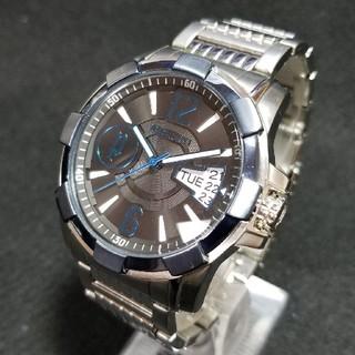 ポリス(POLICE)の【良品】POLICE デイデイト 腕時計(腕時計(アナログ))