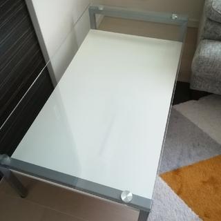ニトリ(ニトリ)のガラステーブル(ローテーブル)