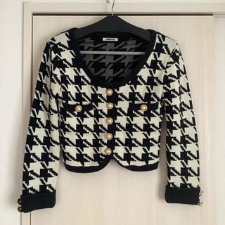 エイチアンドエム(H&M)の千鳥ショートニットカーディガン 白×黒(カーディガン)