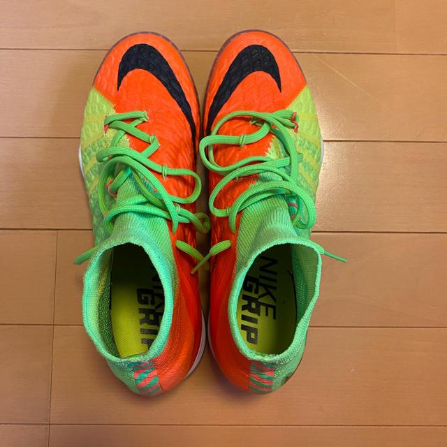 NIKE(ナイキ)のハイパーヴェノム トレシュー トップモデル スポーツ/アウトドアのサッカー/フットサル(シューズ)の商品写真