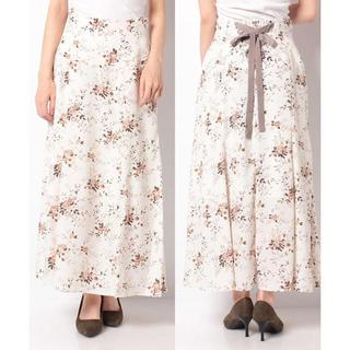 リランドチュール(Rirandture)のリランドチュール  オータムフラワーセミフレアスカート 新品(ロングスカート)