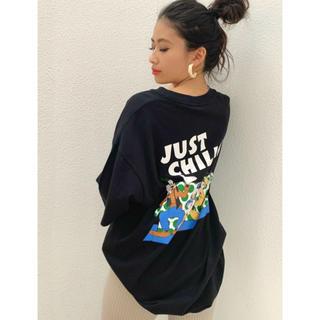 ジェイダ(GYDA)のMICKEY & FRIENS/JUST CHILLIN' BIG Tシャツ (Tシャツ(半袖/袖なし))