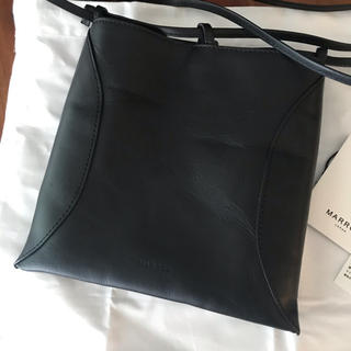 プラージュ(Plage)のmarrow pillow-3 ブラック(ショルダーバッグ)