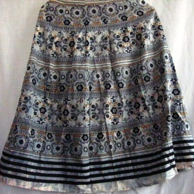 日本製★裏地付★スカート★ウエスト67 レディースのスカート(ひざ丈スカート)の商品写真