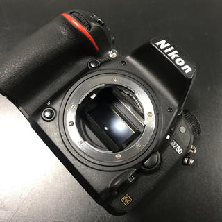 Nikon - nikon d750 ボディ とおまけ