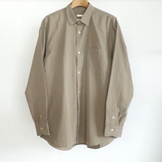 コモリ(COMOLI)の20aw  COMOLI  コモリシャツ knot別注 グレージュカラー(シャツ)