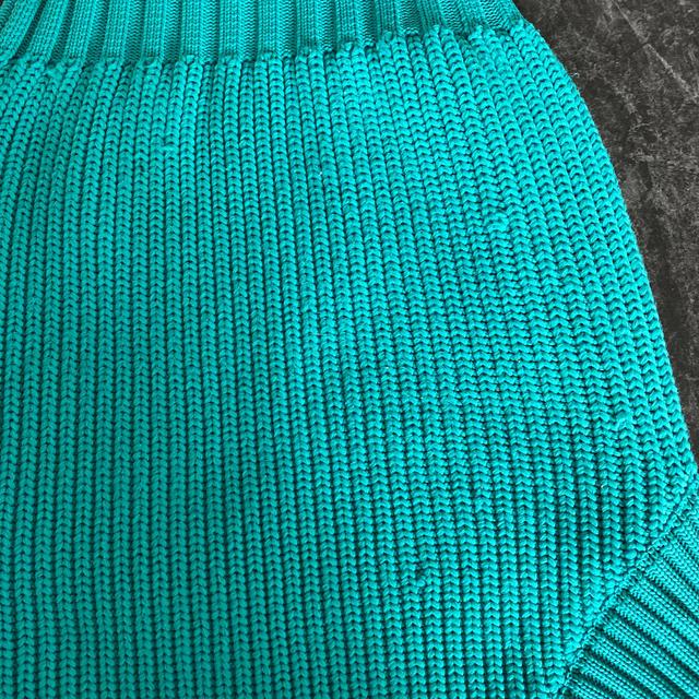 eimy istoire(エイミーイストワール)のsheller シェリエ⭐︎ Vネック⭐︎ニット⭐︎ターコイズ レディースのトップス(ニット/セーター)の商品写真