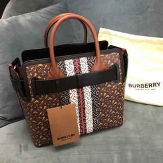 BURBERRY - 新品 BURBERRY トートバッグ Belt Bag small