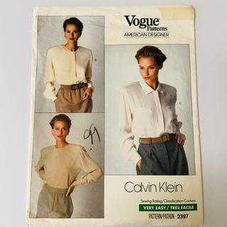 カルバンクライン(Calvin Klein)のVogue patterns 2397 アメリカンデザイナー ブラウス(型紙/パターン)