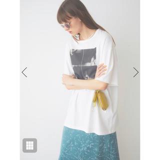 スナイデル(snidel)の【SNIDEL feat. BILLIE EILISH】 Tシャツ(Tシャツ(半袖/袖なし))