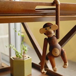 カイボイスン 木製モンキー(置物)