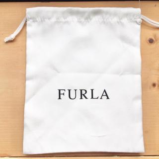 フルラ(Furla)のFURLA 布製巾着 ホワイト(ショップ袋)