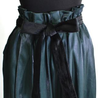 メルロー(merlot)の未使用 merlot 艶パンツ ブラック(カジュアルパンツ)