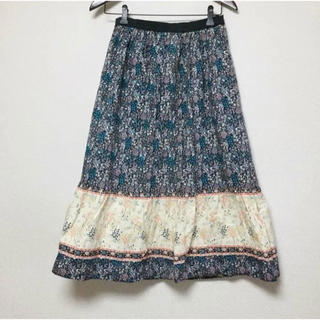 ウィゴー(WEGO)の貝殻&海藻 柄が超かわいいスカート(ひざ丈スカート)