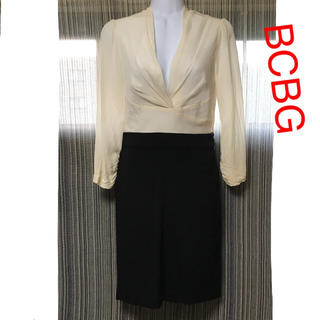 BCBGMAXAZRIA - BCBG MAXAZRIA 七分袖 ワンピース 白黒