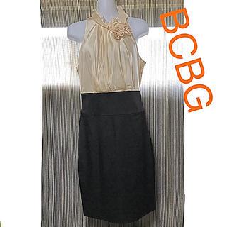 BCBGMAXAZRIA - BCBG MAXAZRIA ②フリル ワンピース 黒 オフホワイト