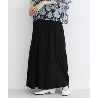 メルロー(merlot)の【merlot plus】シアーツイルボックスタックワイドパンツ 黒 夏セール(カジュアルパンツ)