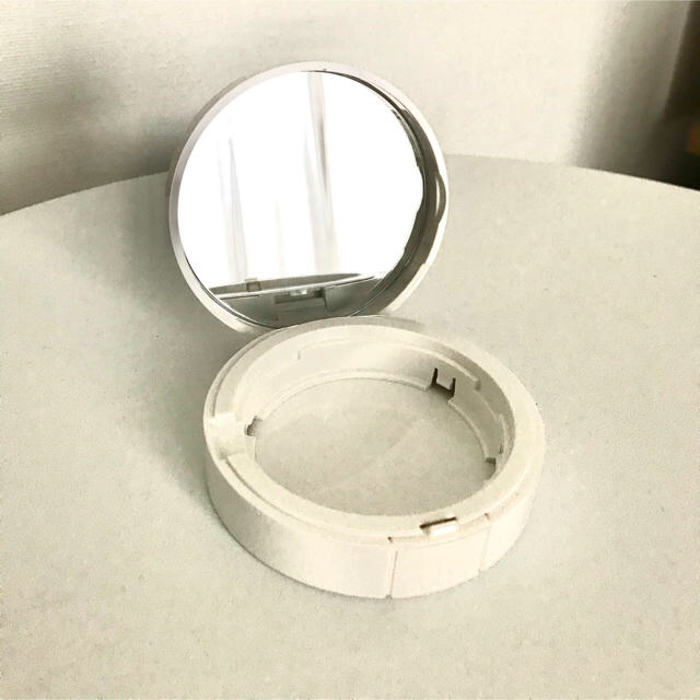 CHANEL(シャネル)のシャネル  ルブラン コンパクト クレーム コスメ/美容のベースメイク/化粧品(ファンデーション)の商品写真