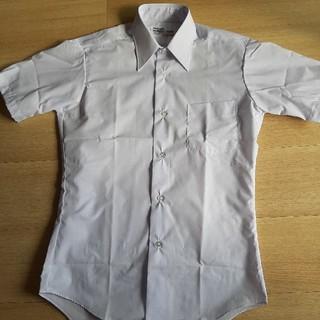フクスケ(fukuske)のワイシャツ Sサイズ 白 半袖(シャツ)