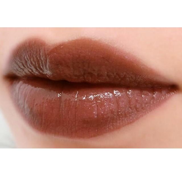 NARS(ナーズ)の✤かな様専用ページ✤NARS✤新品ベルベットリップグライドNo.2721 コスメ/美容のベースメイク/化粧品(口紅)の商品写真