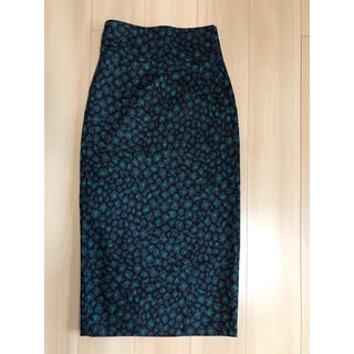 TOMORROWLAND - トゥモローランド レオパード Iラインミディラップスカート