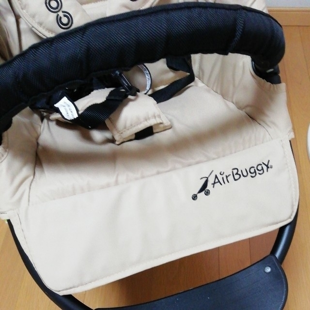 AIRBUGGY(エアバギー)の値下げ✨エアバギーココ💓ベビーカー キッズ/ベビー/マタニティの外出/移動用品(ベビーカー/バギー)の商品写真