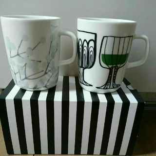 マリメッコ(marimekko)の廃盤 マリメッコマグカップ2個セット(グラス/カップ)